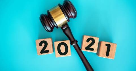 Nieuw jaar 2021 blok en hamer